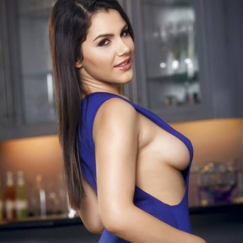 Best Female Escort Service in Golf Course Road